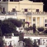 Villa Quattrocolonne